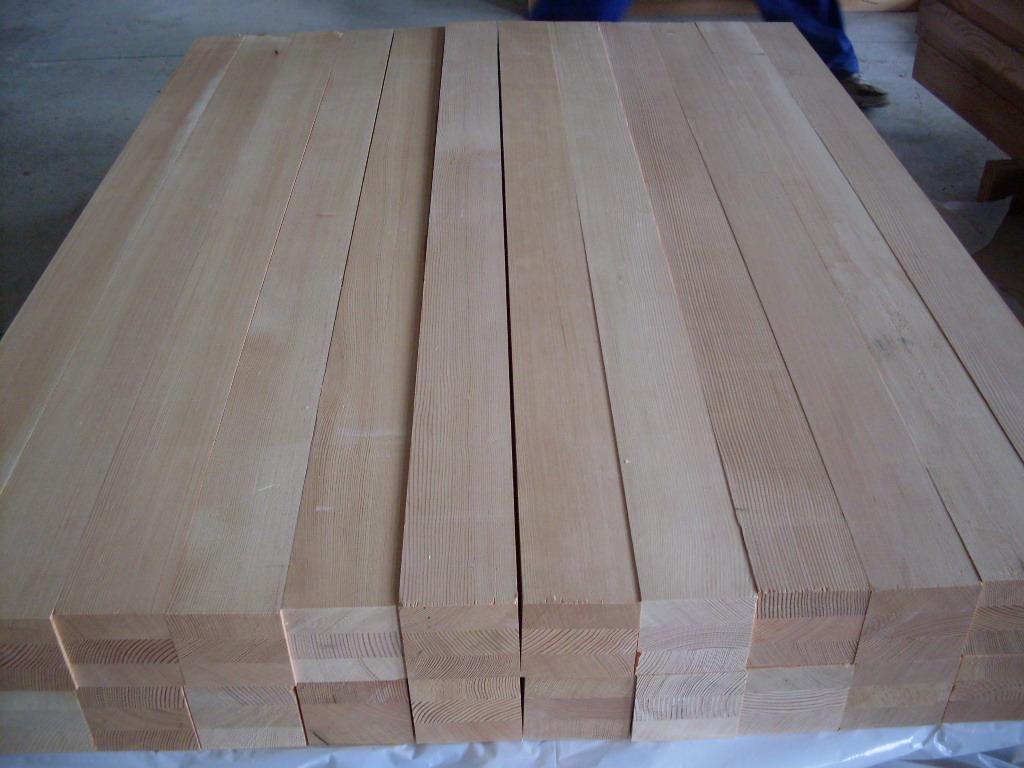 还被广泛用于木桩